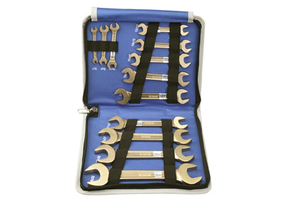 Double Open End Spanners Sets